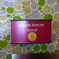 Photo taken at Menchie's Frozen Yogurt by Steve W. on 11/2/2011