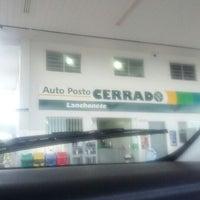 Photo taken at Auto Posto Cerrado by Rogério @. on 5/20/2012