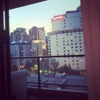 Photo taken at Travelodge by Caramelatte ☆. on 11/19/2011