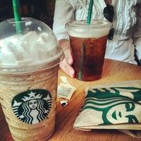 Photo taken at Starbucks by Rafael F. on 4/14/2012