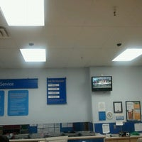 Photo taken at Walmart Supercenter by They call me Mac on 12/2/2011
