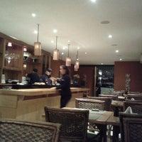 Photo taken at Restaurante Sapporo - Itaim Bibi by Fabio B. on 7/19/2012
