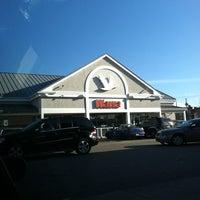 Photo taken at Wawa Food Market #8013 by Donovan S. on 1/29/2012
