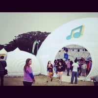 Photo taken at Club #Ultrabook Hosted by Intel @sfoutsidelands by Claudia S. on 8/11/2012