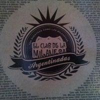 Photo taken at El Club de la Milanesa by Debora Y. on 4/7/2012