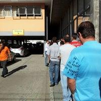 Photo taken at DETRAN/PR - Departamento de Trânsito do Paraná by Johny B. on 3/7/2012