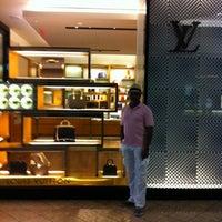 Photo taken at Louis Vuitton Farmington Westfarms by Clay R. on 7/21/2012