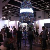 Photo taken at ART HK 12 - Hong Kong International Art Fair by Jérémie L. on 5/20/2012