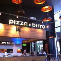 Photo taken at Pizza é Birra by Kevin O. on 8/19/2012