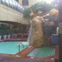 Photo taken at Hilton Garden Inn Austin Downtown/Convention Center by James S. on 8/4/2012