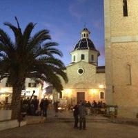 Photo taken at Plaça de l'Església / Plaza Iglesia Altea by Caroline on 2/25/2012