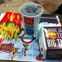 Photo taken at McDonald's by Guilherme M. on 3/31/2012