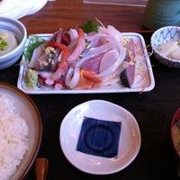Photo taken at 魚鐵 by タカオ on 3/8/2012