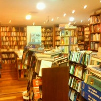 Photo taken at Boutique del Libro by Bob F. on 1/30/2012