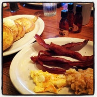 Photo taken at Cracker Barrel Old Country Store by BenGie C. on 8/19/2012