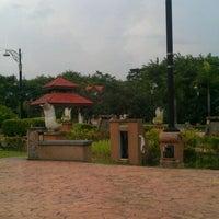 Photo taken at Taman Rekreasi Pudu Ulu by rabbani a. on 3/21/2012