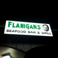 Photo taken at Flanigan's Seafood Bar & Grill by Emmanuel G. on 9/6/2012