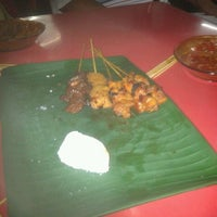 Photo taken at Satay Ismail by Farid N. on 4/13/2012