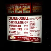 Photo taken at In-N-Out Burger by Nichole B. on 3/27/2012
