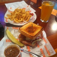 Photo taken at Hooters of Fremont by Emilio Q. on 8/24/2012