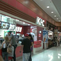 Photo taken at KFC by 💖Caroline M. on 1/21/2012