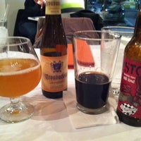 Photo taken at Blanc Burgers + Bottles by David S. on 12/30/2011