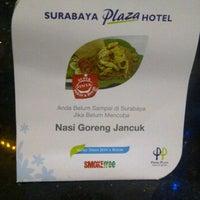 Photo taken at Hotel Plasa Surabaya by Itsna M. on 2/4/2012