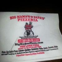 Photo taken at Big Mamas & Papas Pizzeria by Derek J. on 9/7/2012