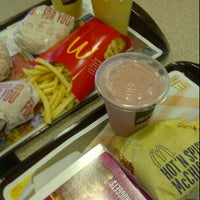 Photo taken at McDonald's by Ruben P. on 9/3/2011