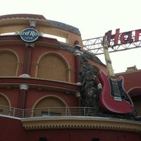 Photo taken at Hard Rock Live Orlando by Tracy L. on 8/5/2012