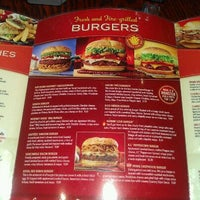 Photo taken at Red Robin Gourmet Burgers by Airron G. on 12/5/2011