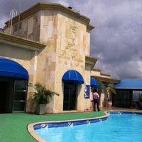 Photo taken at Hotel Dann Carlton Bucaramanga by Pablo V. on 3/29/2011