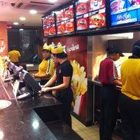 Photo taken at Burger King by Lucas P. on 4/24/2011
