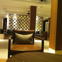 Photo taken at Woodlands Hotel & Resort by Kira T. on 1/9/2012