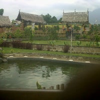 Photo taken at De'Saung Gunung Salak by Muhammad Hafidh A. on 10/4/2011