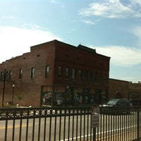 Photo taken at Henry's Louisiana Grill by Mason F. on 9/17/2011
