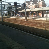 Photo taken at Spoor 5 by Sanne on 3/24/2012