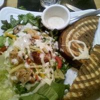 Photo taken at Super Salads by Marlen D. on 3/27/2012