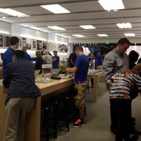 Photo taken at Apple Store, Sagemore by Mike M. on 11/9/2011