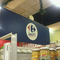 Photo taken at Carrefour Bairro by Wallace F. on 11/10/2011