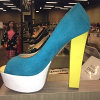 Photo taken at DSW Designer Shoe Warehouse by Mary Beth B. on 4/22/2012