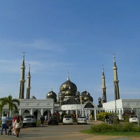 Photo taken at Masjid Kristal by Ariff M. on 4/20/2012