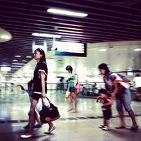 Photo taken at Serangoon MRT Interchange (NE12/CC13) by ah_seow on 8/20/2012