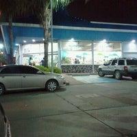 Photo taken at Farmatodo by Walter F. on 3/28/2012
