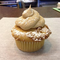 Photo taken at Cupcake DownSouth by Foodie P. on 9/5/2012