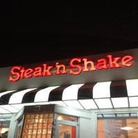 Photo taken at Steak 'n Shake by Ashley M. on 8/5/2012