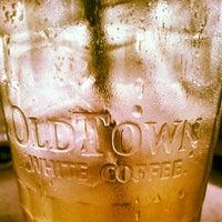 Photo taken at OldTown White Coffee by vanDennis on 4/16/2012