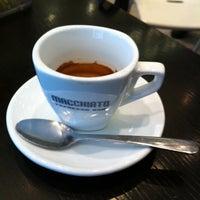 Photo taken at Macchiato Espresso Bar by Marianna N. on 8/15/2011