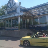 Photo taken at Blue Colony Diner by Loring on 7/10/2011