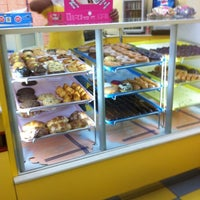 Photo taken at House Of Donuts • بيت الدونات by Maher A. on 2/10/2012